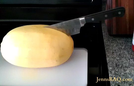 how to cook half a spaghetti squash in the microwave