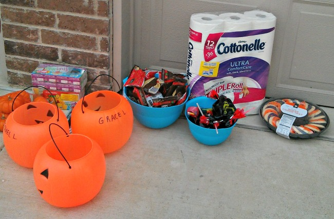 Halloween Relay Race Supplies Cottonelle