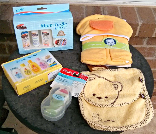 10 Must Have Baby Gifts On a Budget - Jenn's RAQ