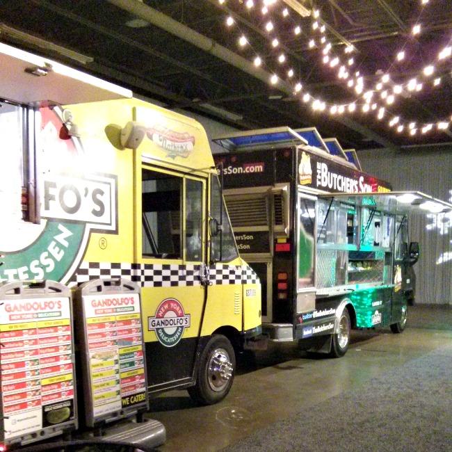 sparkle at hilton anatole food trucks