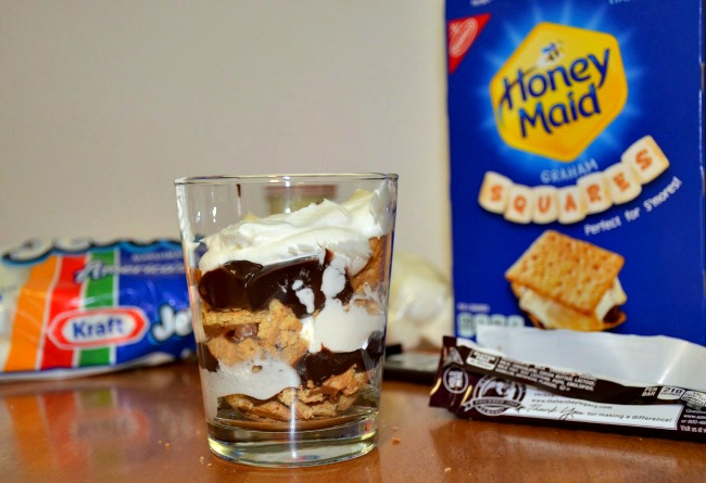 Layer the remaining pudding and Cool Whip on top.  #LetsMakeSmores #CollectiveBias #Ad