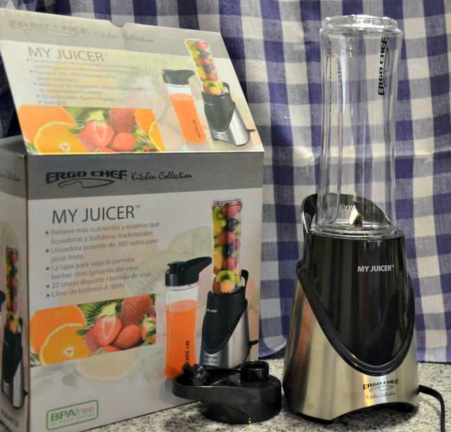 Simple Easy Green Smoothie for One using the My Juicer™ personal blender from Ergo Chef as seen on JennsRAQ.com