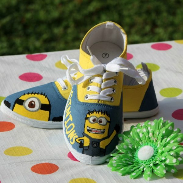 DIY Painted Minions Shoes