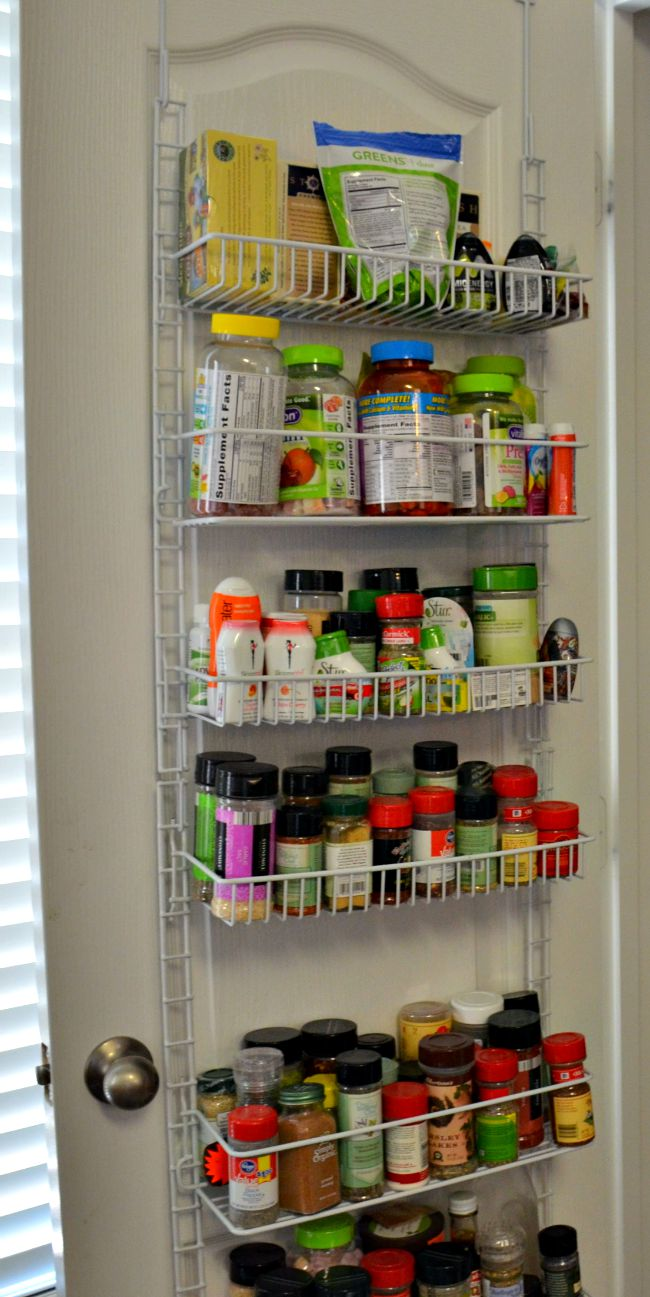 Over the Door Storage 5 Pantry Organization Tips from JennsRAQ.com #AHugeSale #CollectiveBias #Ad