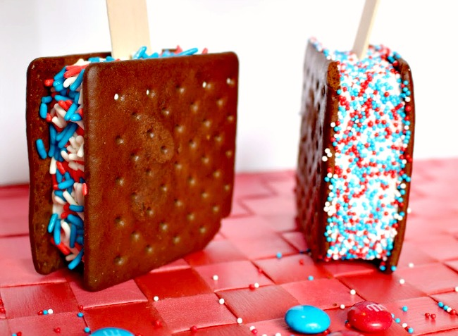 Patriotic Ice Cream Sandwiches from JennsRAQ.com