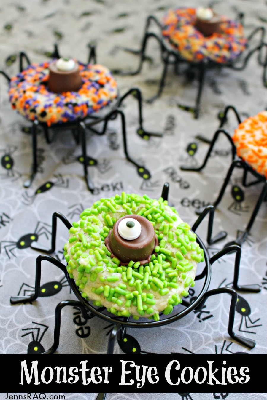 Monster Eye Cookies - Easy Halloween Dessert - as seen on JennsRAQ.com