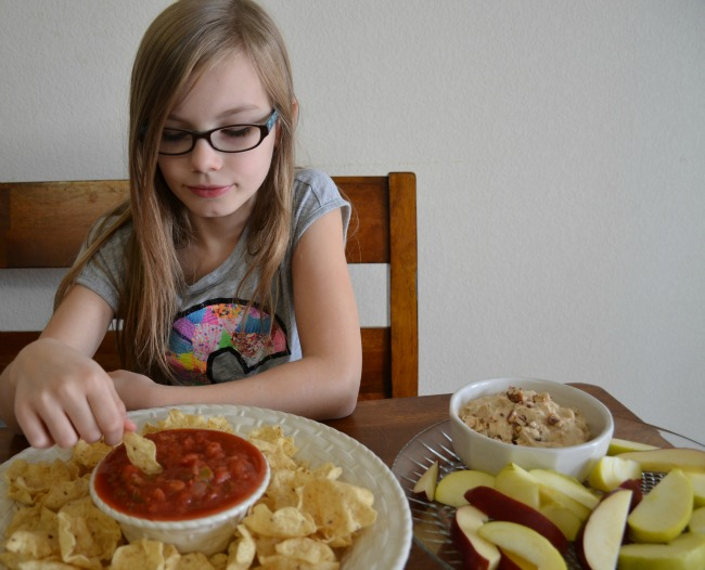 Snickers Blitz Dip and Tostitos Scoops and Chunky Salsa as seen on jennsRAQ.com #GameDayMVP #TomThumb #ad