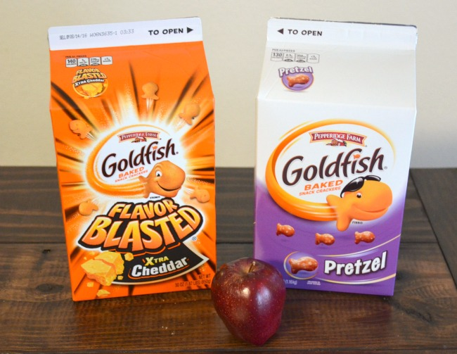 Goldfish Crackers come in a handy 30 oz carton for a great value on a tasty snack #GoldFishSmile #Walmart AD
