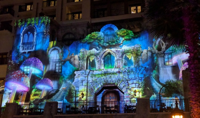 """Breaking Through the Looking Glass"" 3D Visual Light Show at Gaylord Texan as part of SUMMERFEST 2016"