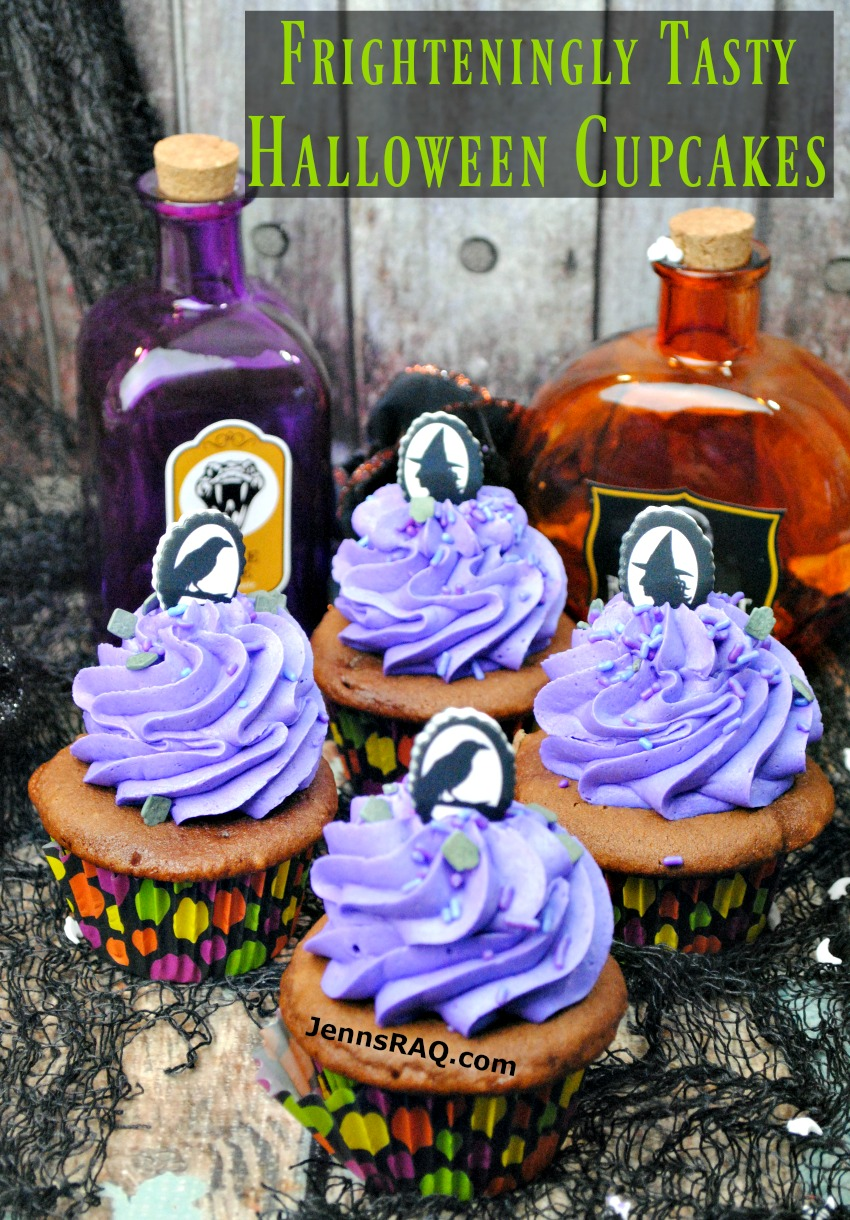 Frighteningly Tasty Halloween Cupcakes as seen on JennsRAQ.com