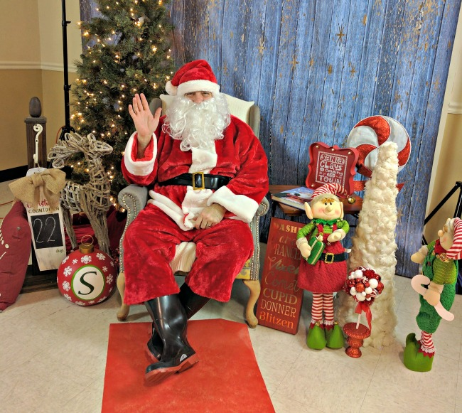 How to Host a FUN Christmas Party for Kids as seen on JennsRAQ.com - Santa