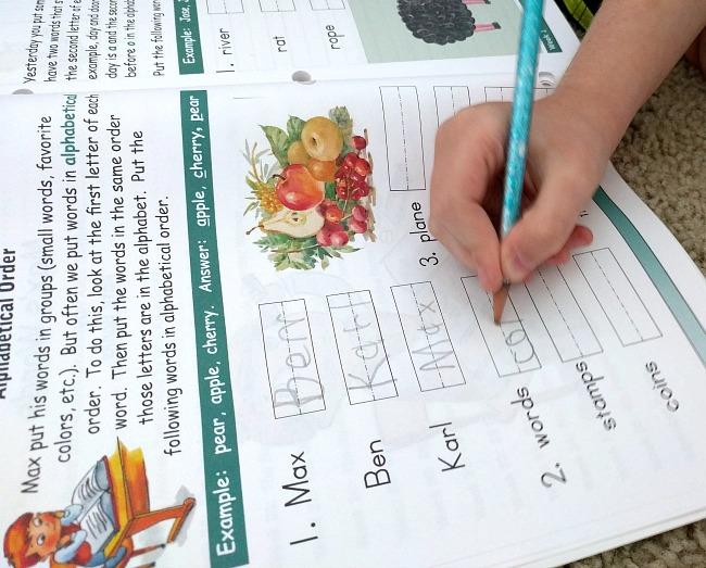 Lightning Literature and Composition by Hewitt Homeschool for Grade 2 Workbook Activities