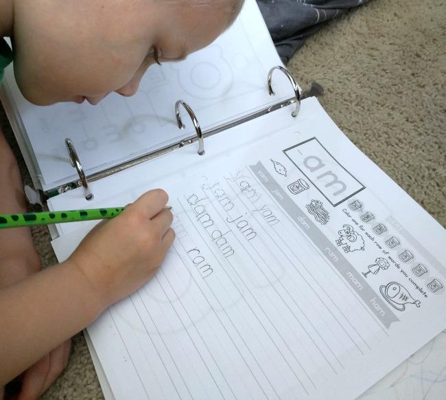 The Crafty Classroom READ Curriculum Notebook
