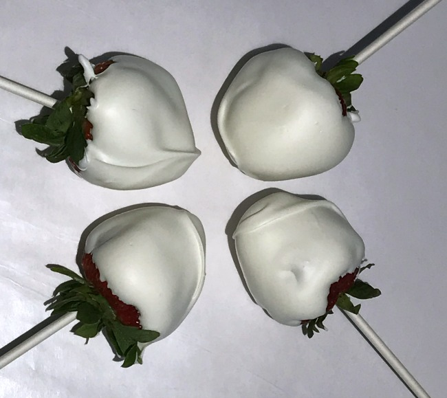 dipped strawberries for patriotic strawberries
