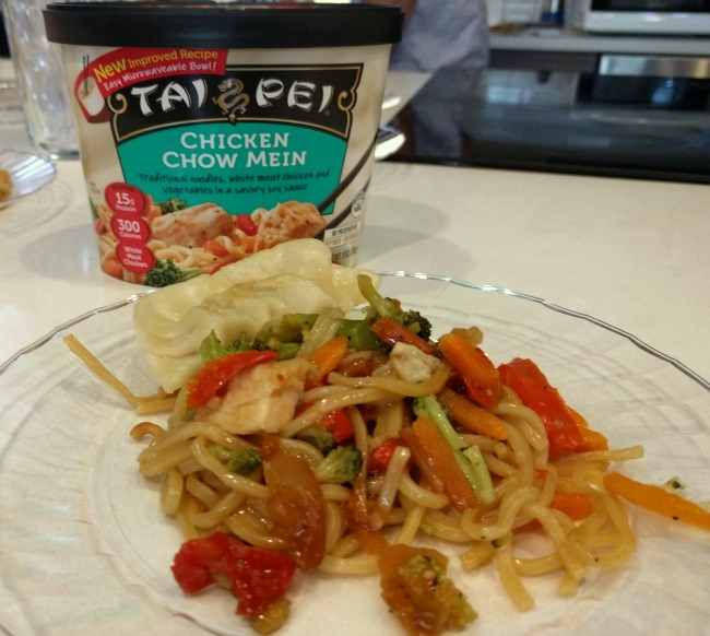 Tai Pei Chicken Chow Mein and Potsticker