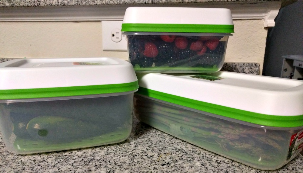 Rubbermaid FreshWorks Produce Saver Containers - Great for all types of produce