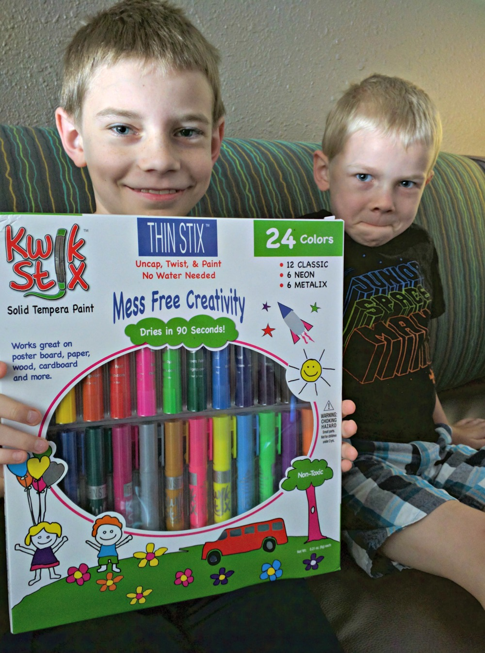 Thin Stix Creativity Pack of 24 colors - Solid Tempera Paint for Non-toxic painting fun