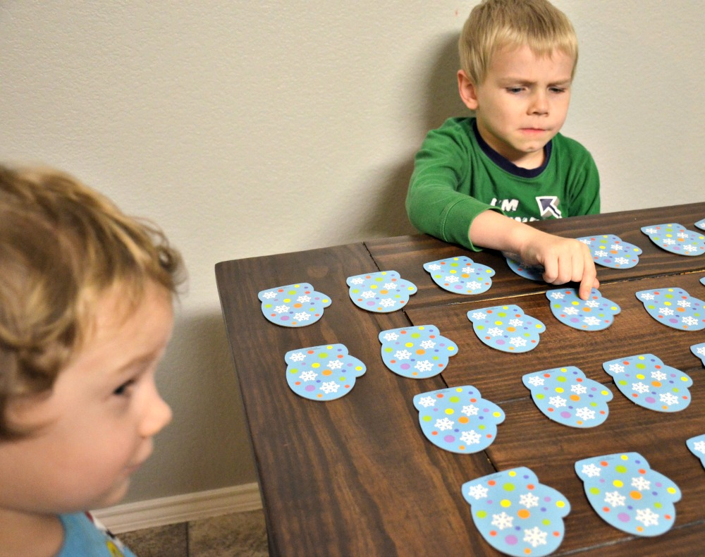Activities to Keep Kids Busy Over Winter Break - Marvelous Matching Mittens Game for preschoolers