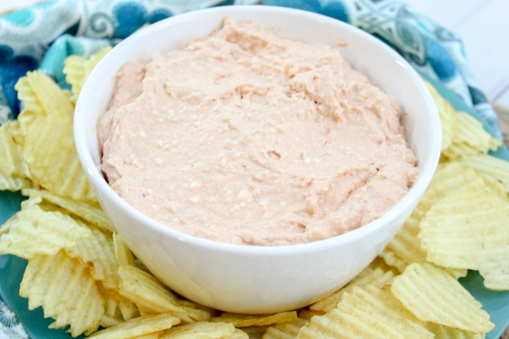 Creamy Chili Dip for Chips