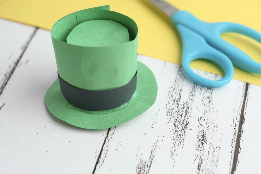 Leprechaun Hat DIY Craft using K-Cups Folded Finishing Making the Hat