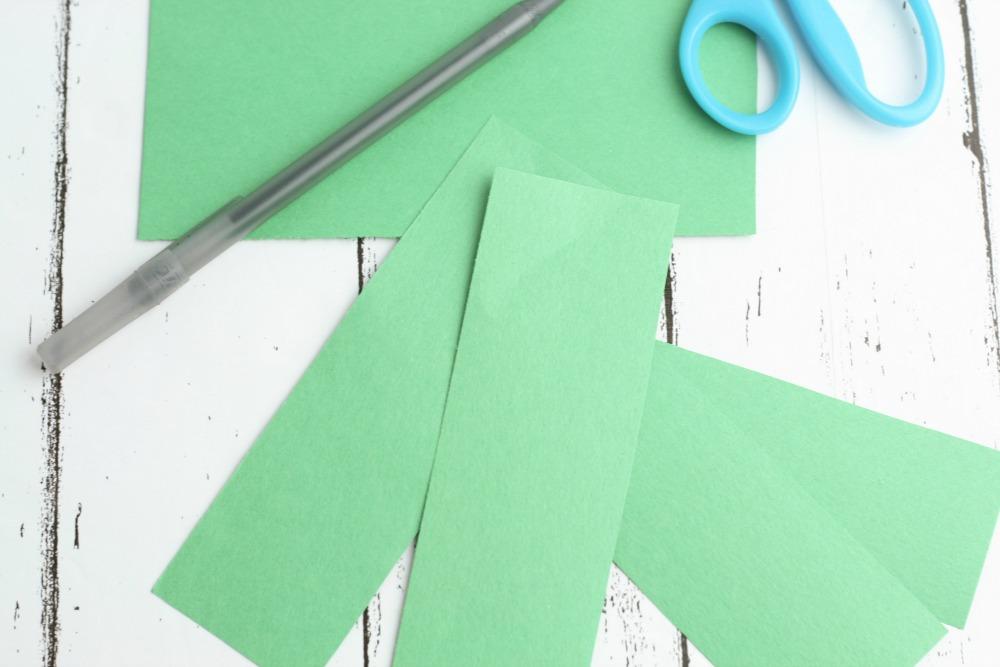 Leprechaun Hat DIY Craft using K-Cups Green Strips
