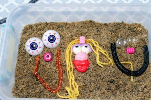 Silly Faces Sensory Bin DIY Creative Activity