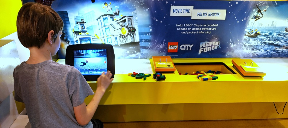 LEGOLAND Discovery Center Grapevine Texas - Stop Action Police Rescue LEGO City Report for Duty